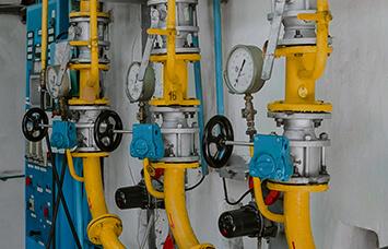 hydraulic valve room